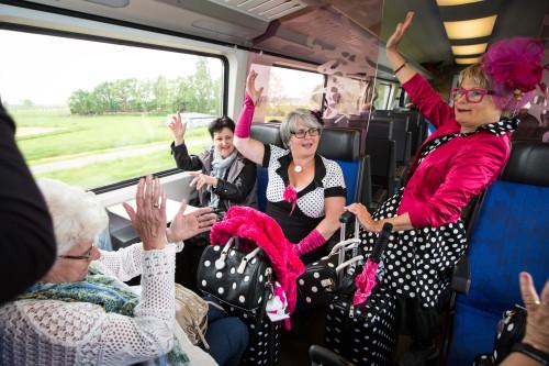 De Refreintjes in de trein-11